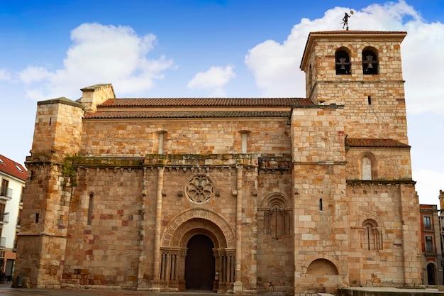 Zamora san juan-kerk in plaza mayor spain