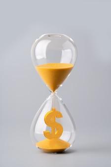 Zandklok voor bedrijfsconcept en valutawissel