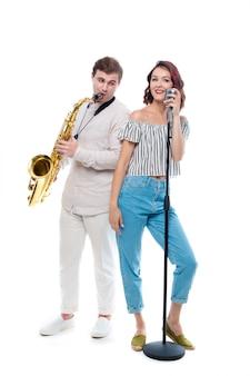 Zangeres en saxofonist