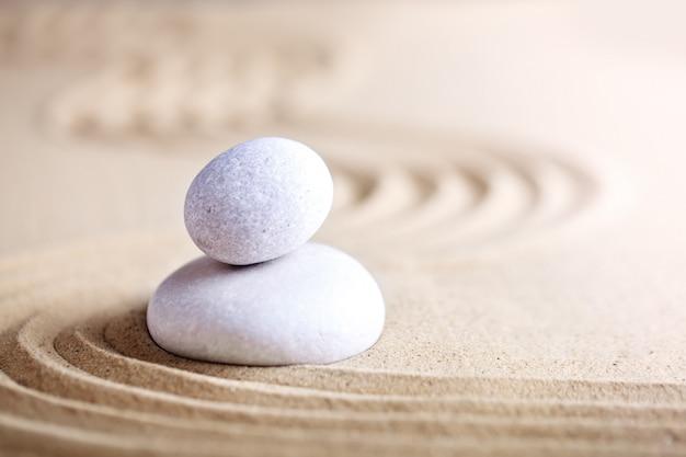 Zee stenen op het strand. zomerrust.