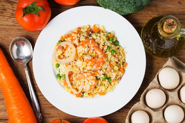 Zeevruchten gebakken rijst