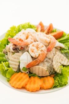 Zeevruchten kruidige noedelssalade met thaise stijl