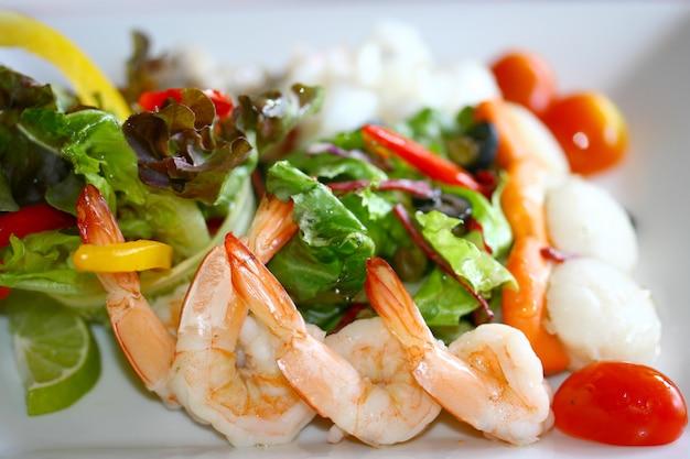 Zeevruchten salade