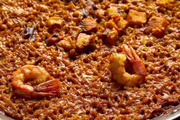 Zeevruchtenpaella senyoret rijst uit spanje