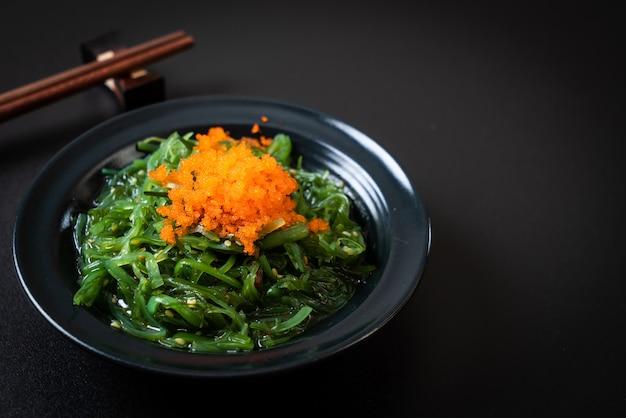 Zeewiersalade met garnaleneieren - japanse stijl
