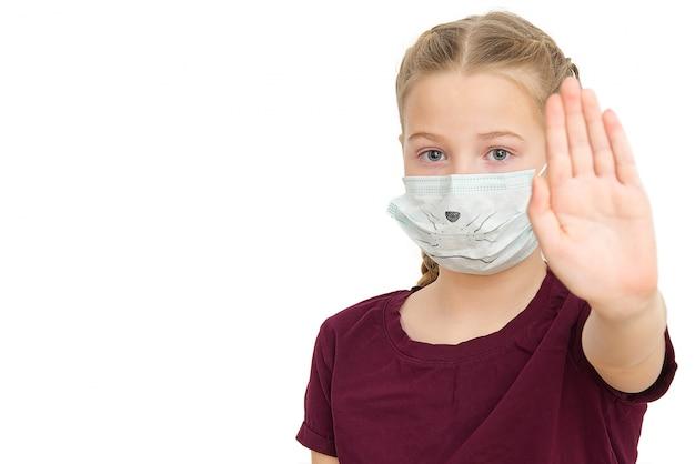 Zeg stop voor coronavirus. girl show stop met de hand, gebaar voor stop coronavirus.