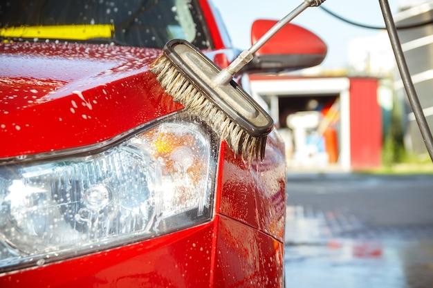 Zelfbediening voor contactloze autowasstraten.