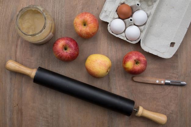 Zelfgemaakte appeltaart voorbereiding