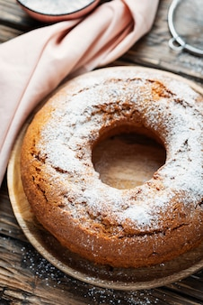 Zelfgemaakte bundt-cake