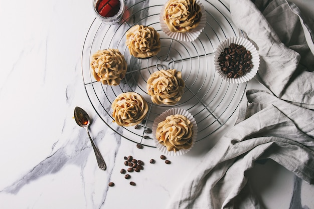 Zelfgemaakte koffie cupcakes