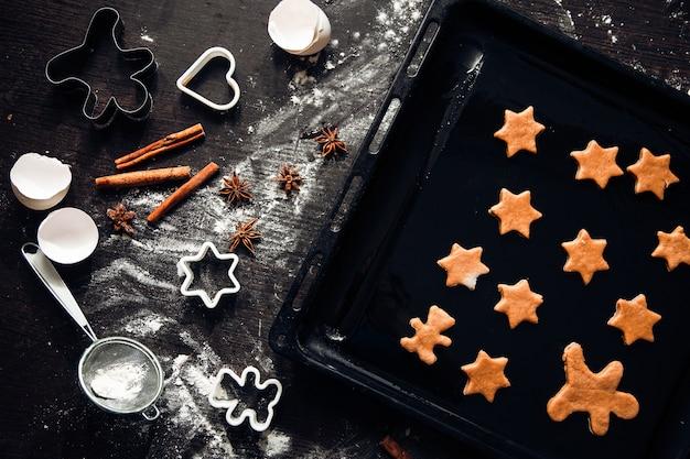 Zelfgemaakte peperkoekkoekjes koken