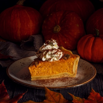 Zelfgemaakte pumpkin pie voor thanksgiving.