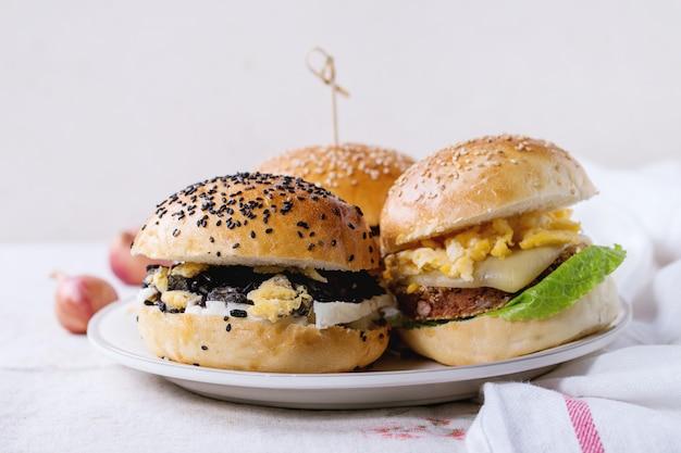 Zelfgemaakte vegetarische hamburger