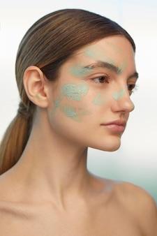 Zelfzorg concept close-up vrouw