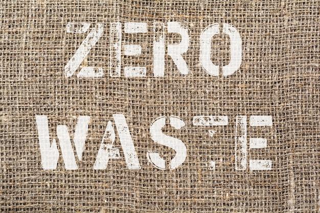 Zero waste. tekst uit oude brieven op oude textiel achtergrondfoto.
