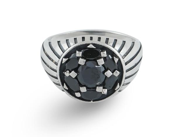 Zilveren ring onder wit