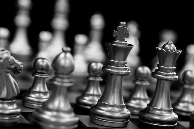 Zilveren schaakstukken