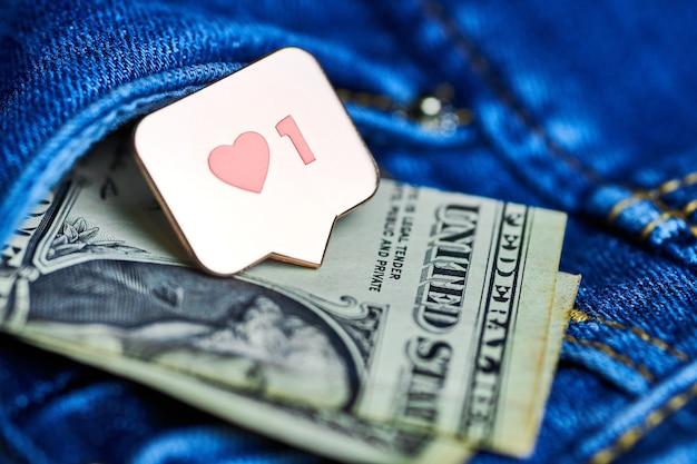 Zoals hartsymbool op dollarbiljetten Premium Foto