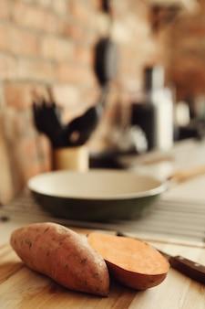 Zoete aardappel in de keuken