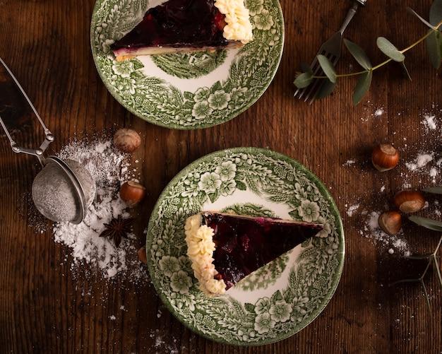 Zoete cake met poedersuiker