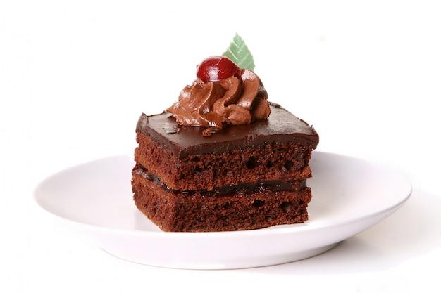 Zoete chocoladetaart met kers