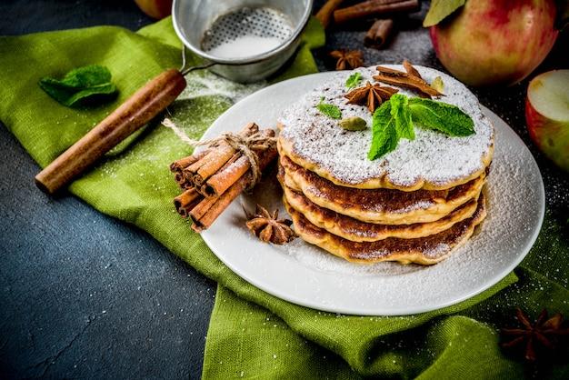 Zoete en kruidige herfstappelpannenkoekjes