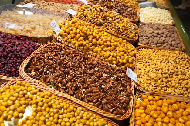 Zoete noten op de toonbank