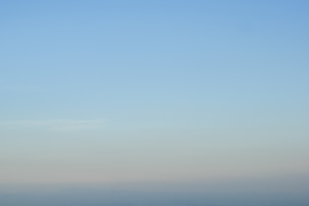 Zoete pastelkleur van de achtergrond van de zonsonderganghemel