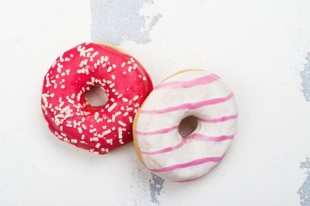 Zoete roze donuts