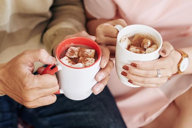 Zoete warme chocolademelk