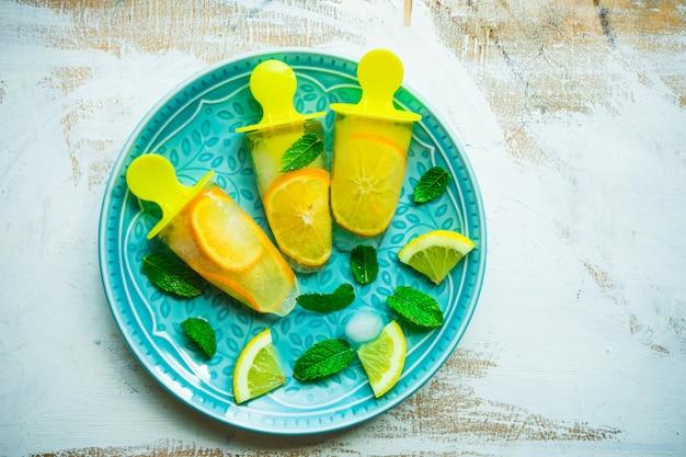 Zomer dessert met citroen
