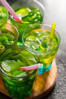 Zomer mojito cocktail