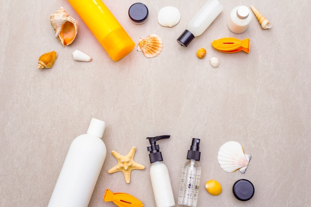Zomer reizen en vakantie make-up concept
