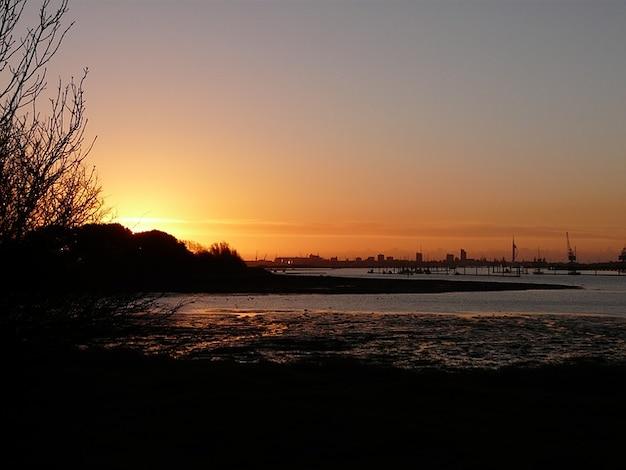 Zon portchester hampshire ochtend