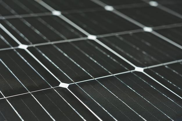 Zonne-energie wordt geproduceerd door zonnecellen. is schoon en onbeperkt clean energy-concept