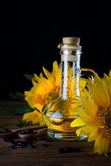 Zonnebloemolie in flessenglas