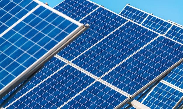 Zonnepaneelenergie van de zon