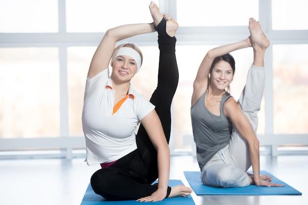 Zonnewijzer yoga pose