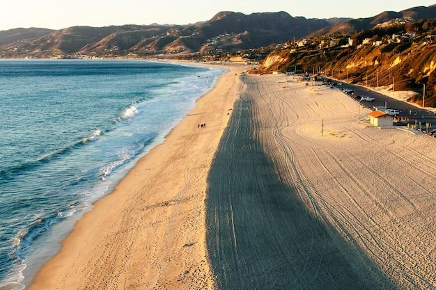 Zonsondergang dume cove malibu, zuma beach