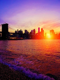 Zonsondergang in brooklyn, new york city