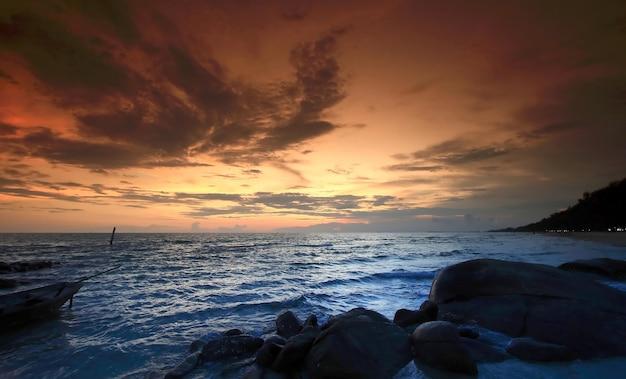 Zonsondergang kust
