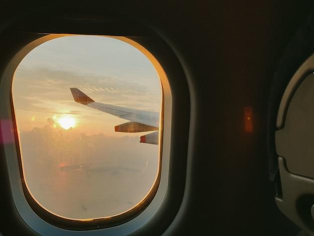 Zonsondergang venster