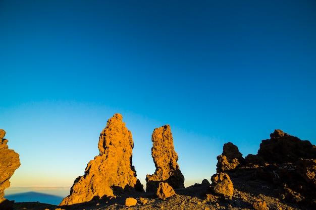 Zonsopgang in roque de los muchachos op het eiland la palma, canarische eilanden, spanje