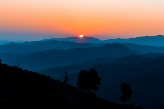 Zonsopgang op de berg