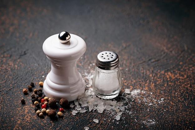 Zout en peper. culinaire achtergrond