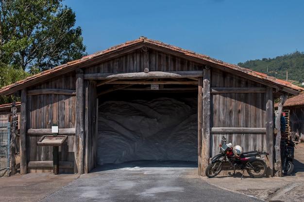 Zout houten magazijn