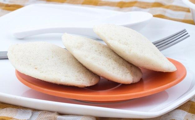 Zuid-indiase food idli vada