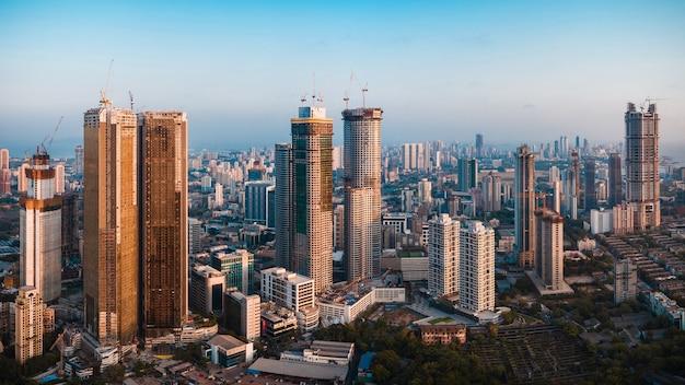 Zuid-mumbai skyline onroerend goed in lagere parel worli