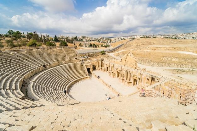 Zuid-theater, oude romeinse stad van gerasa uit de oudheid