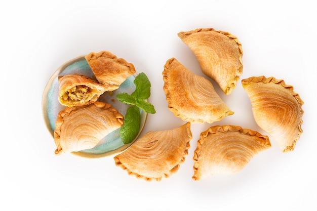 Zuidoost-azië herkomst voedselconcept zelfgemaakte kip curry soezen